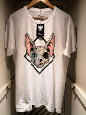 "Camiseta ""Sfhynx half skull"" blanco hombre"